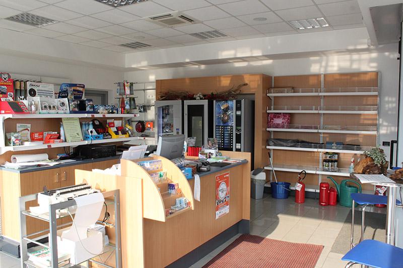mobili per stazioni di servizio mobili per negozi modul